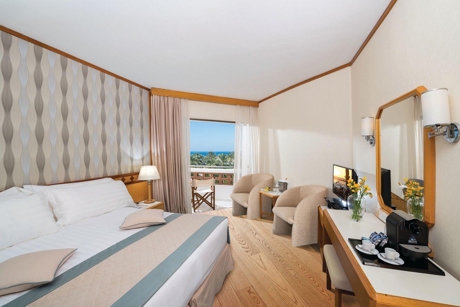 _19 pioneer beach hotel standard room sv_resized