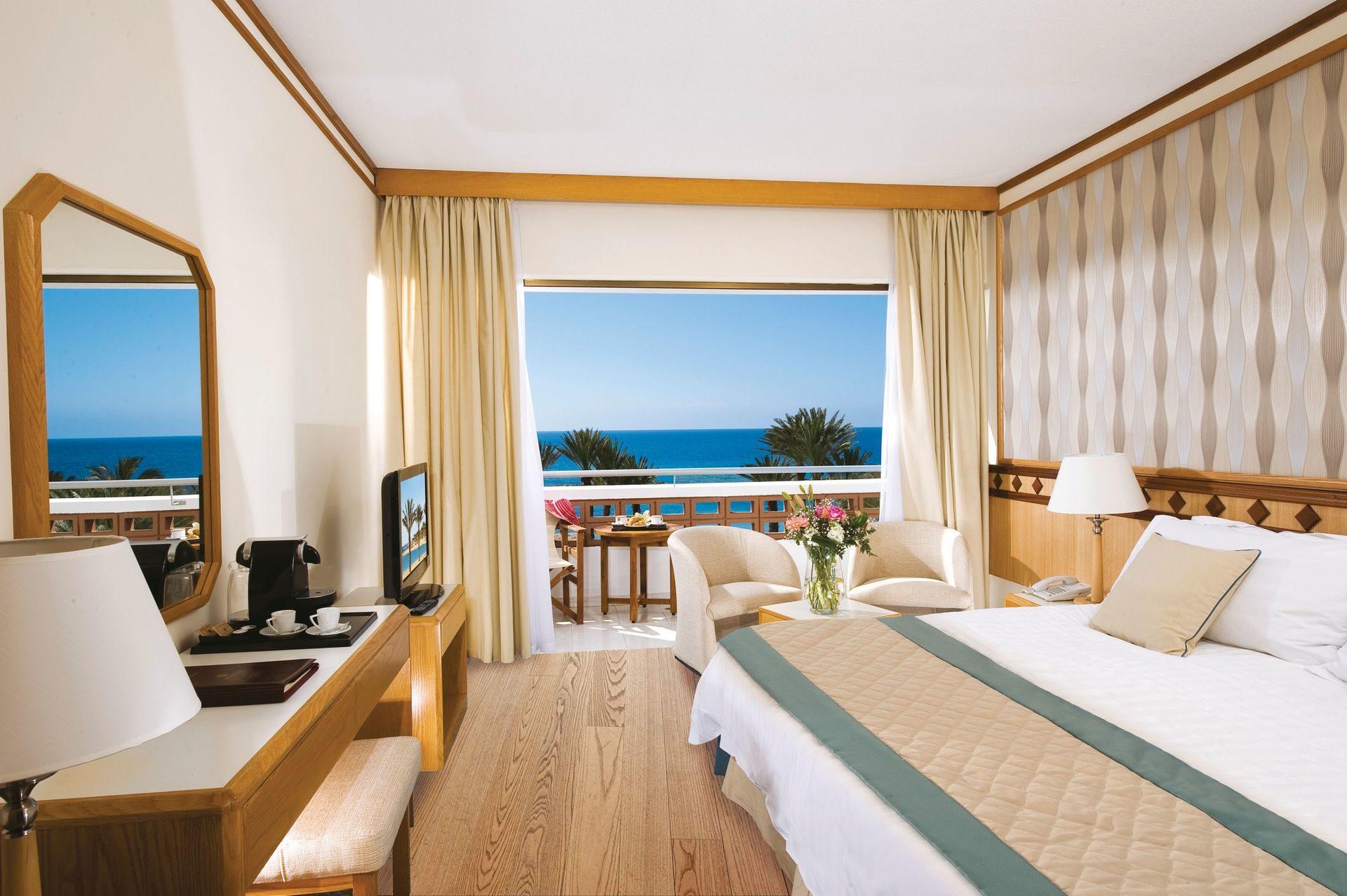 _22 pioneer beach hotel superior sv_resized