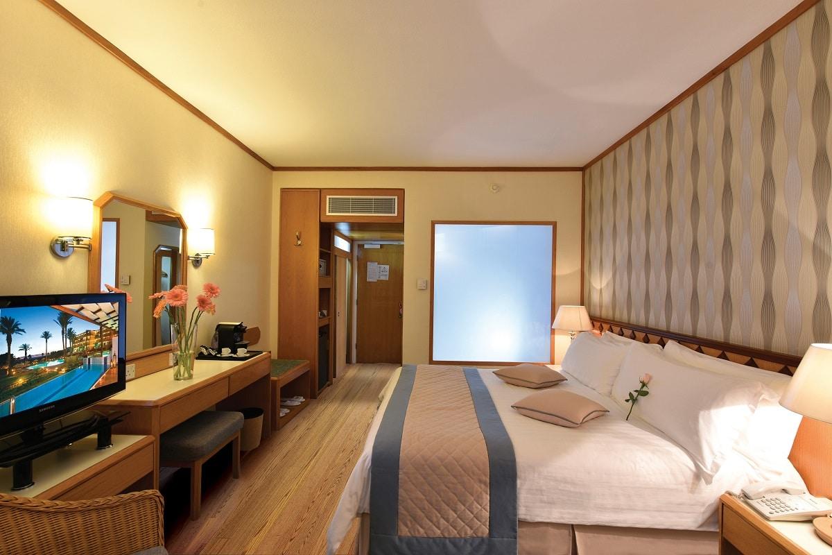 18 PIONEER BEACH HOTEL STANDARD ROOM SV