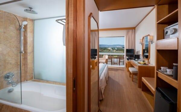 21 PIONEER BEACH HOTEL CLASSIC ROOM LV